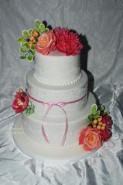 Torta svadobná...sladke kvietky podla kytice