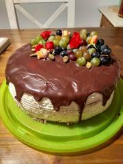 Torta drip s ovocim