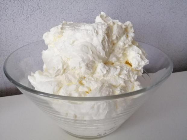 Trvácny bielkový krém