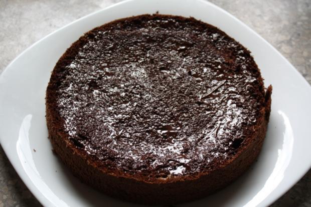 Čokoládovo jahodová torta bez múky - recept postup 5