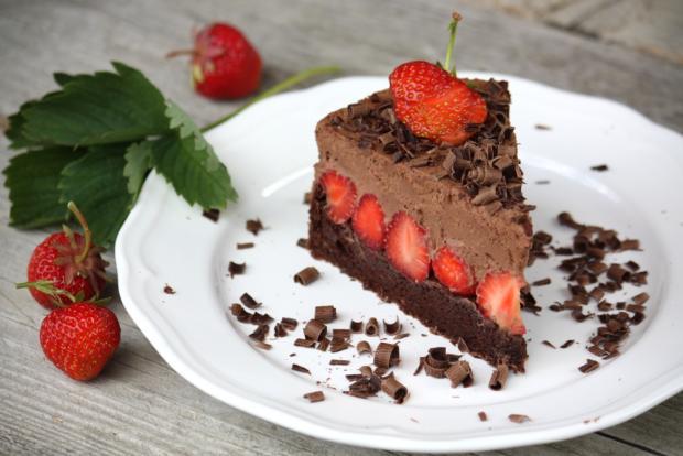 Čokoládovo-jahodová torta bez múky, Kamila