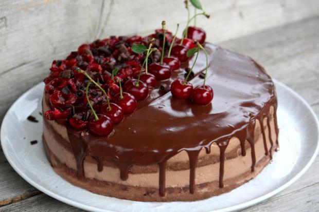 Čokoládovo višňová torta - recept postup 8