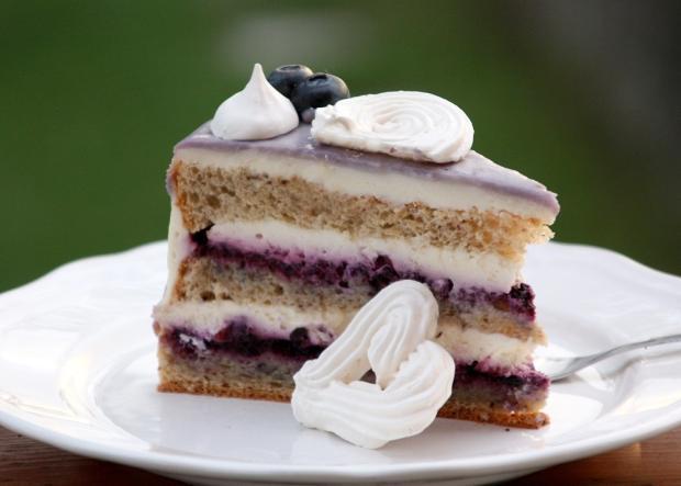 Čučoriedkova drip torta - recept