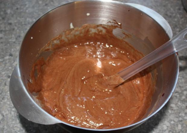 Extra čokoládová torta s čerešňami - recept postup 2