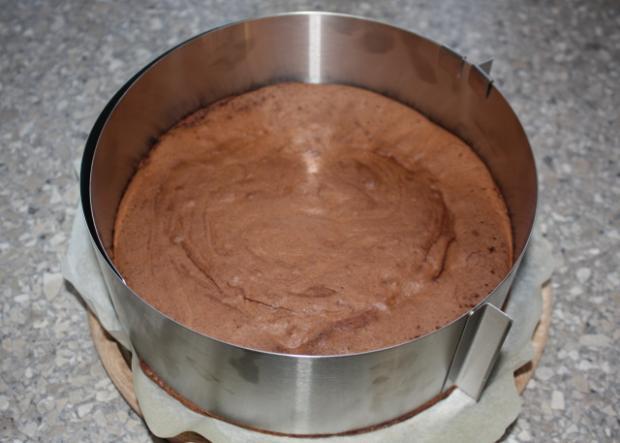 Extra čokoládová torta s čerešňami - recept postup 4
