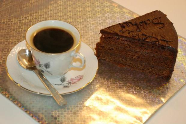 naservirovana sacherka torta, Čokoládové torty