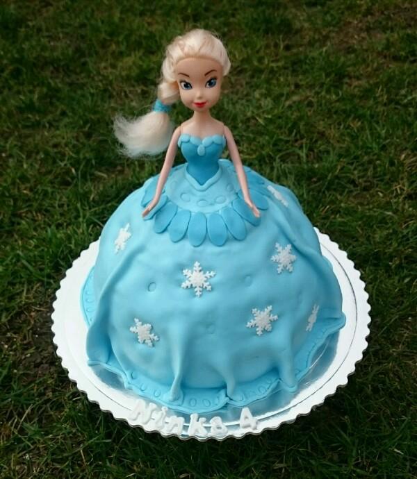 9392185f6 Babika Frozen torta, Torty pre dievčatá, Tortyodmamy.sk