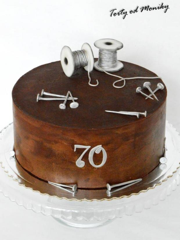 Klinčeky a drôtiky torta, čokoládové torty