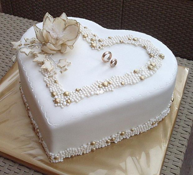 svadobná v zlatom torta, Svadobné torty, silvia11