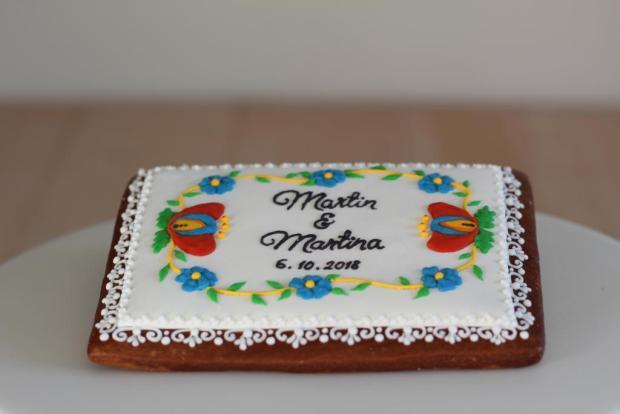 Svadobná darovacia vo folklórom šate torta, Svadobné torty, Cakes by Miša 3