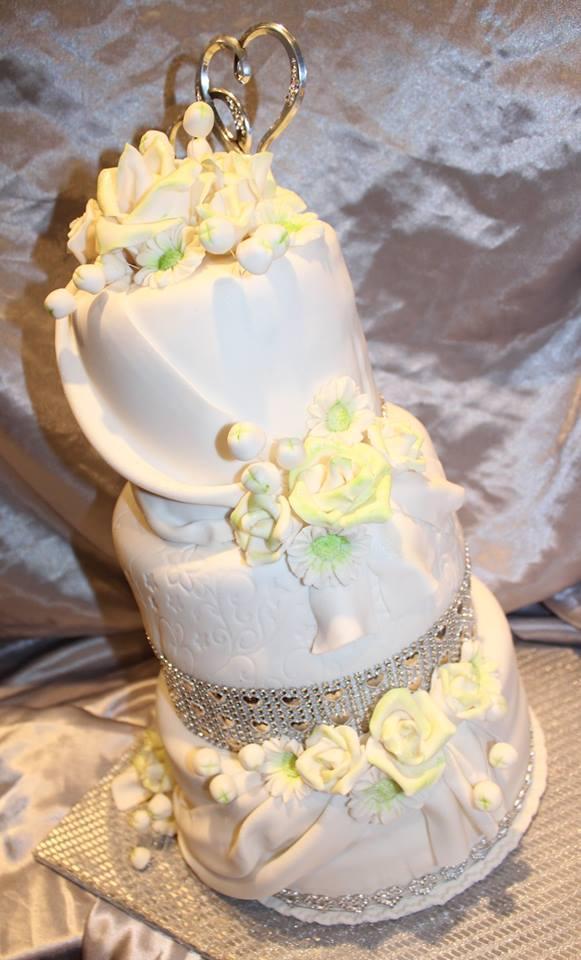 Svadobná... torta, Svadobné torty, Tinka