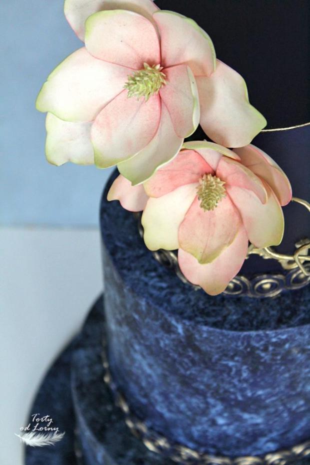 Svadobná torta v indigovo modrej farbe, Foam technika torta, Svadobné torty, Lorna 4
