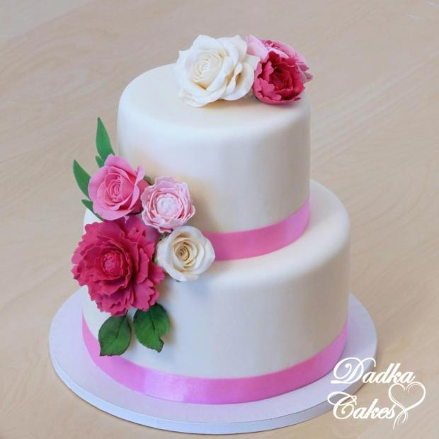 Svadobná torta - ladená k svadobnej kytici torta, Svadobné torty, DadkaCakes