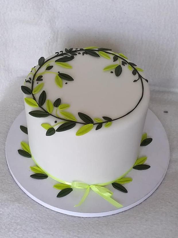 Svadobná jednoduchá darovacia torta, Svadobné torty, stanula