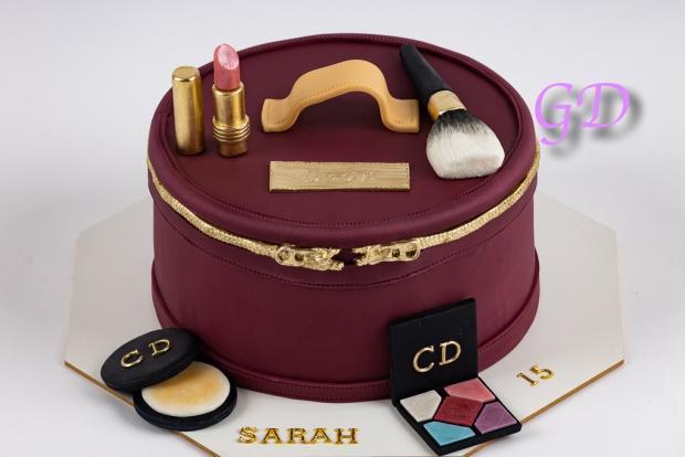 Kozmetická taštička torta, Narodeninové torty, glorydiamond