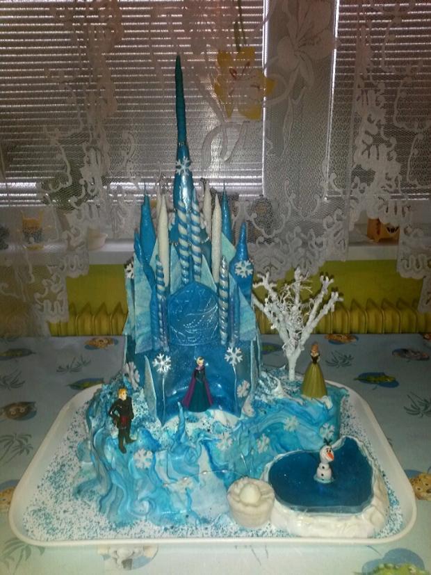 Frozen Ľadové kráľovstvo torta, Rozprávkové torty, helka2342