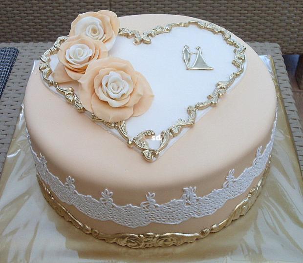 svadobná v béžovo zlatom  torta, Svadobné torty, silvia11