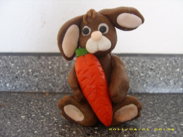 Moj prvy marcipanovy zajacik torta, ozdoby, postupy