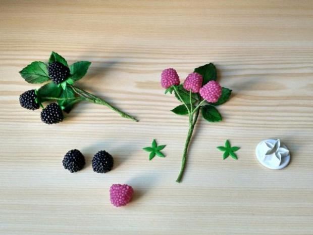 vetvičky -  černice a maliny z cukríkov 2