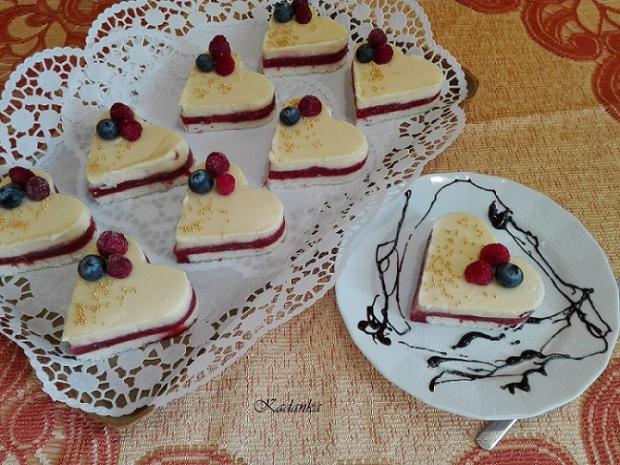 Jahodové srdiečka s vanilkovým krémom - Autor: Kamila
