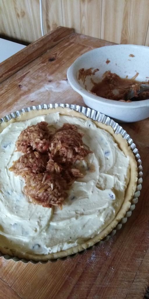 Linecký tvarohovo- jablkový koláčik.  - recept postup 7