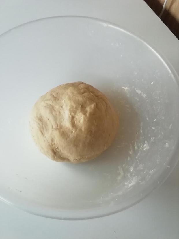 Jemné koláčiky zo šľačkoveho cesta.  - recept postup 3