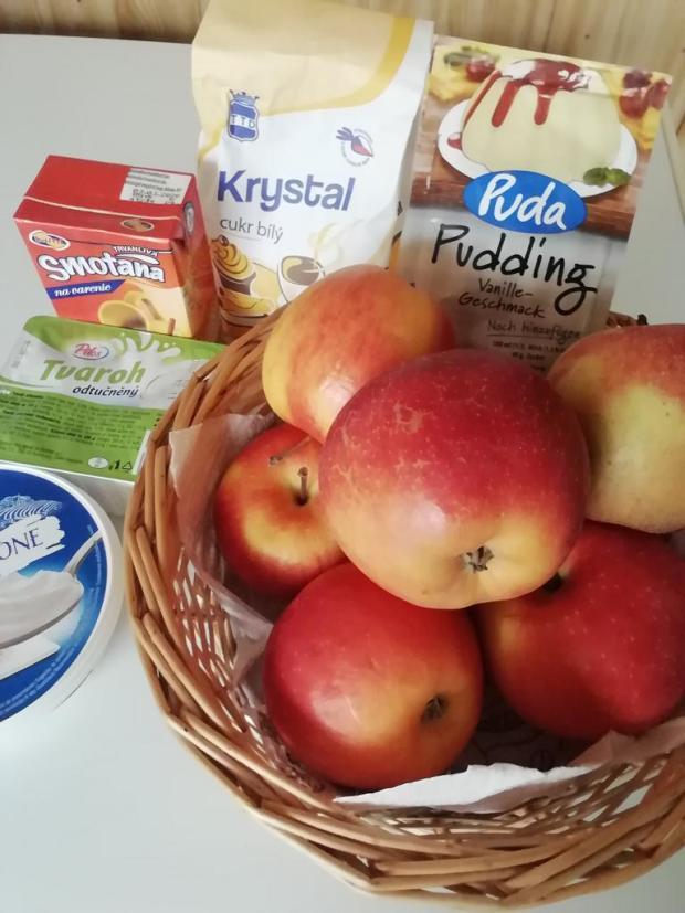 Jablkovo- karamelový koláč.  - recept postup 4