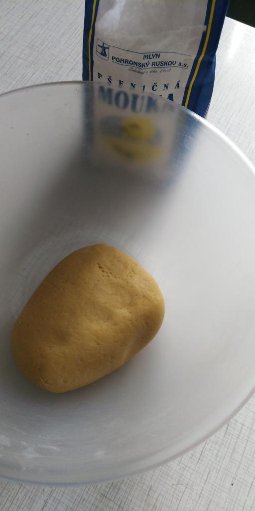 Medové rezy s piškótami.  - recept postup 2