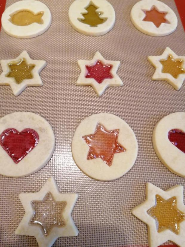 Sušienky s farebnými okienkami 4