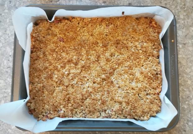 Jablkový koláč s ovsenými vločkami - recept postup 6