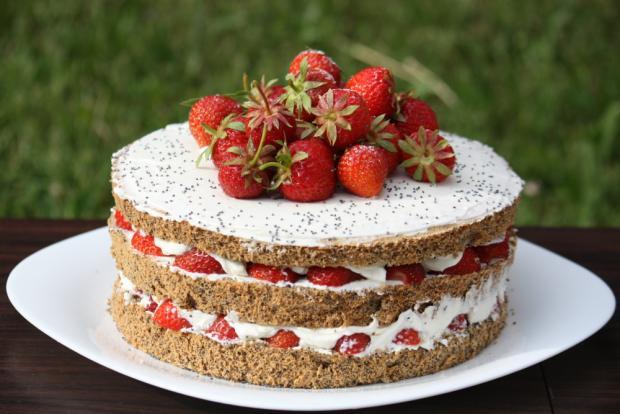 Jahodovo - maková torta - recept postup 9