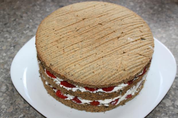 Jahodovo - maková torta - recept postup 8