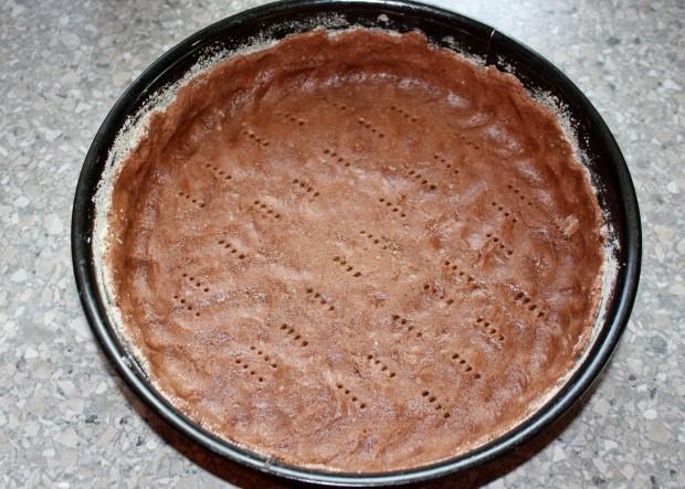 Kakaovo tvarohový koláč s višňami - recept postup 8