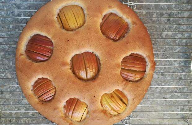 Jemný jablkový koláč - recept postup 5