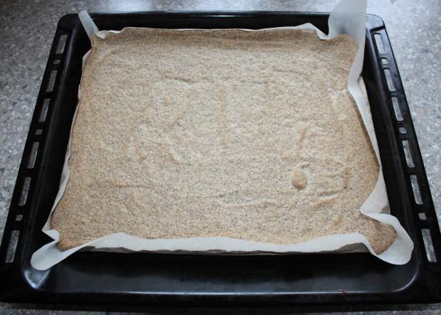 Maková roláda s tvarohovým krémom - recept postup 4