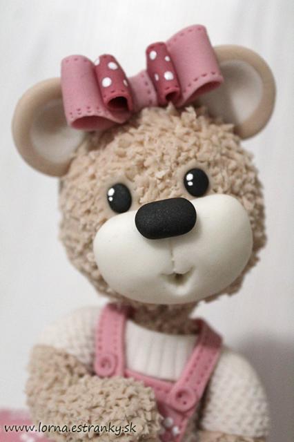 Malá medvedica v šatočkách.. 15