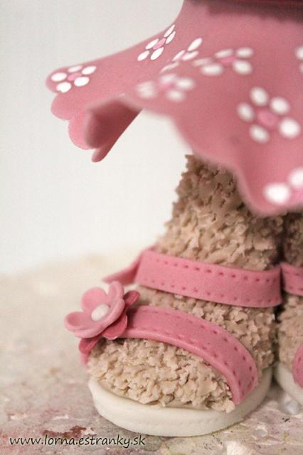 Malá medvedica v šatočkách.. 16