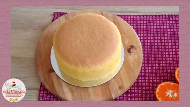 Sponge cake s pomarančovou šťavou 1