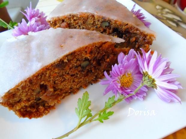 Hrnčekový mrkvový koláč