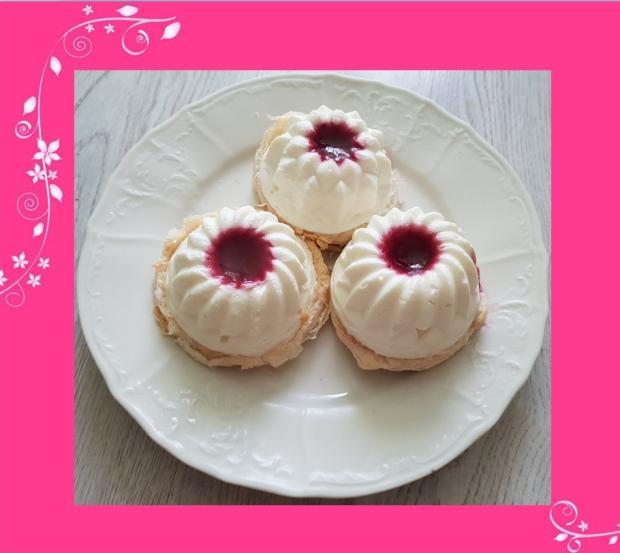 Mini cheesecake s malinami... - recept