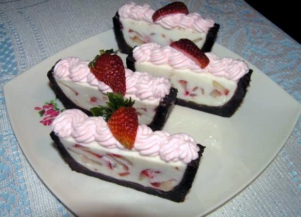 Nepečená jogurtová torta - recept