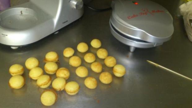Cake pops s cake pops maker-om :-) 3