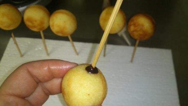 Cake pops s cake pops maker-om :-) 4