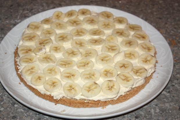 Mandľovo - karamelová torta s banánmi - recept postup 10