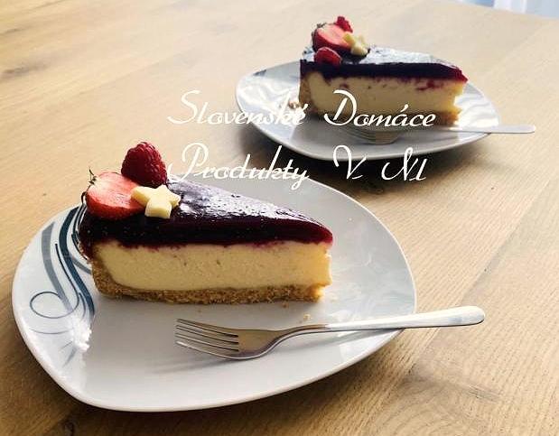 Ovocný cheesecake s bielou čokoládou
