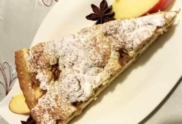 Linecký tvarohovo- jablkový koláčik.  - recept
