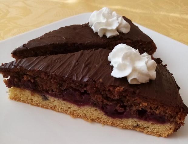 Višňovo-lieskovcový koláčik - recept