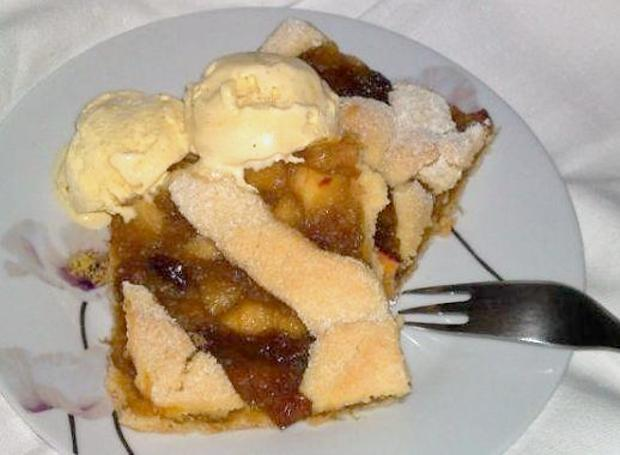Krehký jablkovo-rebarborový koláčik