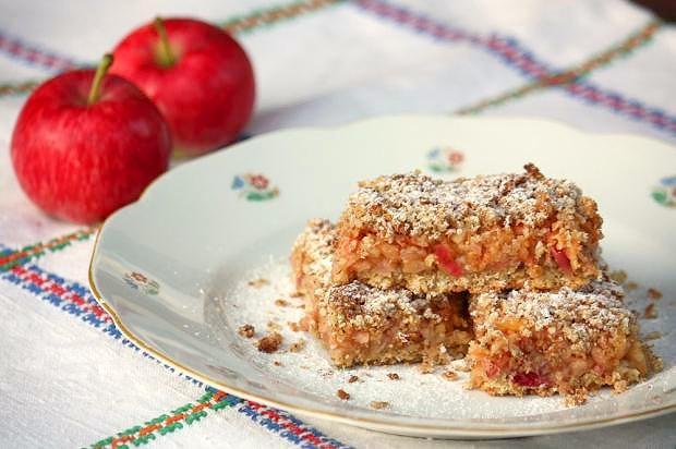 Jablkový koláč s ovsenými vločkami - recept