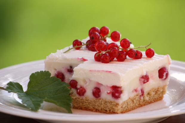 Ríbezľovo tvarohový koláč - recept postup 8